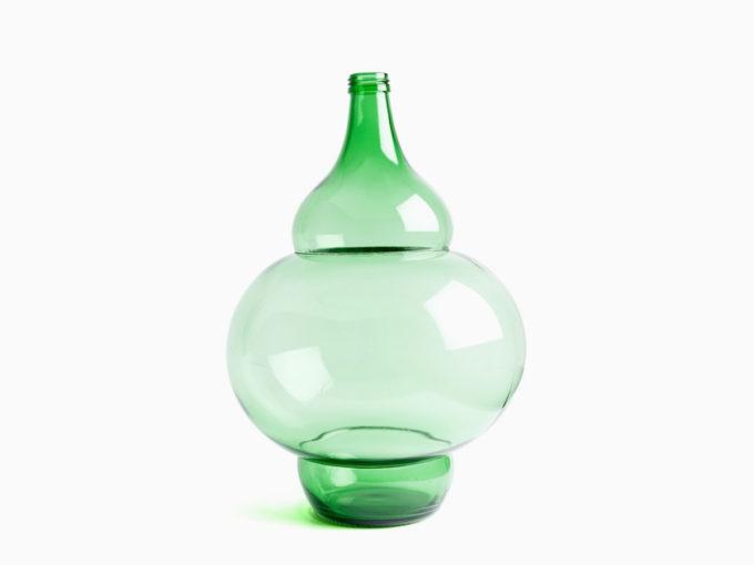 klaas kuiken staklena zelena ukrasna vaza model 15