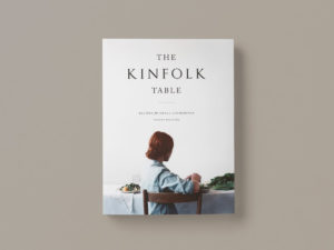 the-kinfolk-table KNJIGA O ORGANIZIRANJU I PRIPREMI DRUŽENJA ZA STOLOM