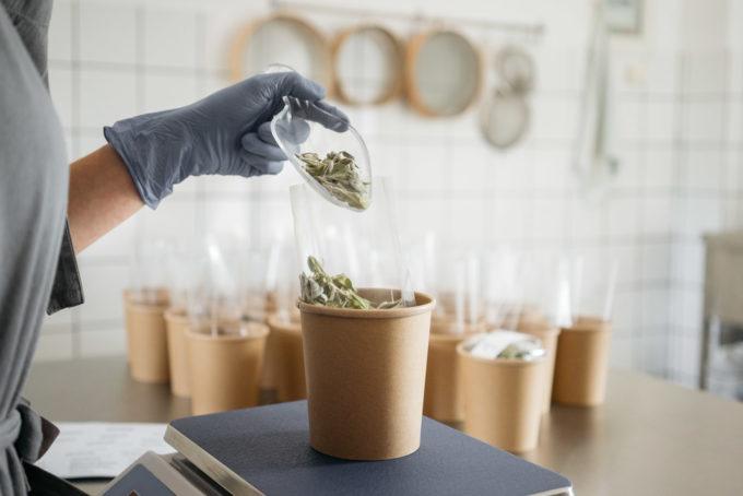 rhoeco biljni čajevi bez dodataka proces pakiranja