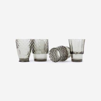 doiy koifish četiri sive staklene čaše odvojeno